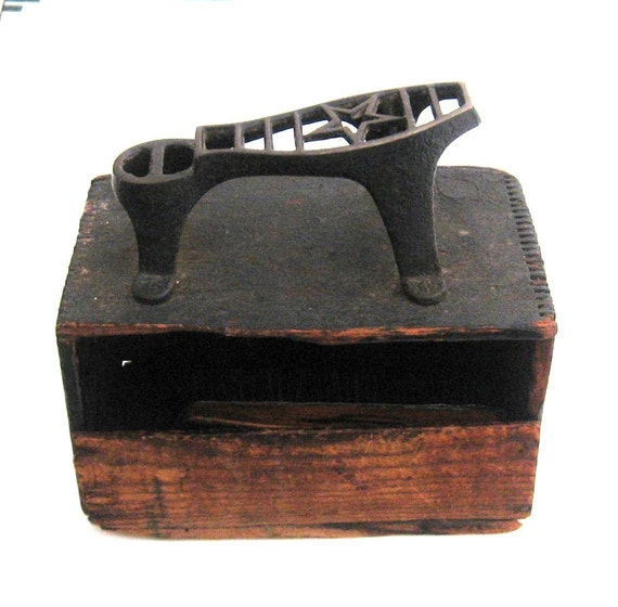 sale 1940s shoe shine box with brushes and shoe rest by jujutoo. Black Bedroom Furniture Sets. Home Design Ideas