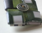 Eco-Friendly Pin - Emerald Green Recycled Paper