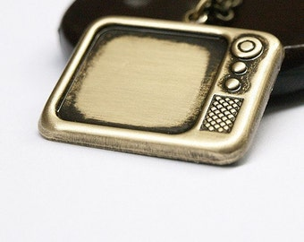 Antiqued brass Retro Tv Necklace
