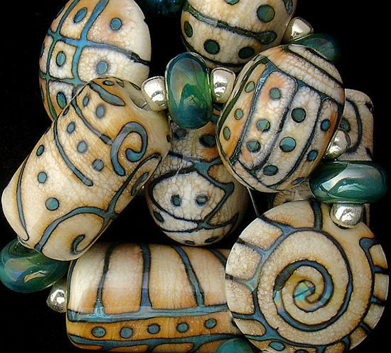 DSG Beads Handmade Organic Lampwork Glass-Made To Order (Brother Sun)