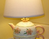 Floral China Teapot Lamp - FREE SHIPPING TO CANADA.AND USA