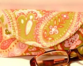 Reading Eyeglass Case with Magnetic Closure Pink Green Paisley