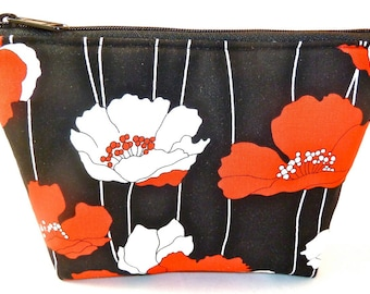Cosmetic Makeup Bag/Zippered Pouch Padded Red White Poppies