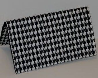Black and White Houndstooth Checkbook Cover