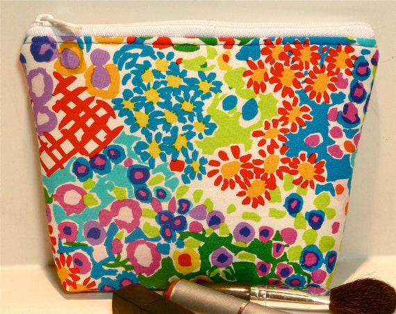 Summer Floral Makeup Bag/Zippered Pouch Padded Flat-bottomed