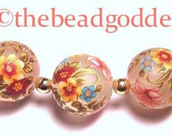 NEW Size 5 Lovely Japanese TENSHA Beads Lily Bouquet Frost 10mm