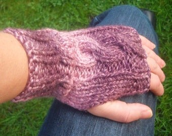 Cable knit wrist warmers arm warmers fingerless gloves fingerless mittens purple and pink Sale