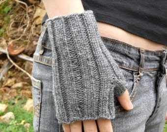 PDF Knitting Pattern fingerless gloves wrist warmers
