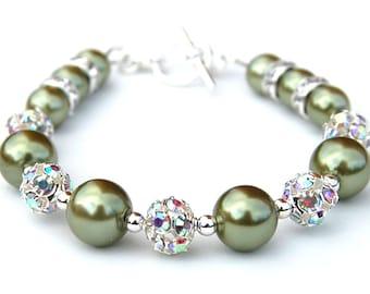 Olive Green Pearl Bracelet, Green Bridesmaid Jewelry, Olive Wedding, Spring Wedding, Green Wedding, Bling Bracelet, Bridesmaid Gifts