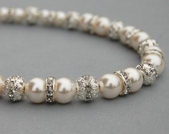 Bridal Ivory Pearl Necklace, Brides Wedding Jewelry, Bridesmaid Gifts, Pearl Wedding Jewelry, Romantic Wedding