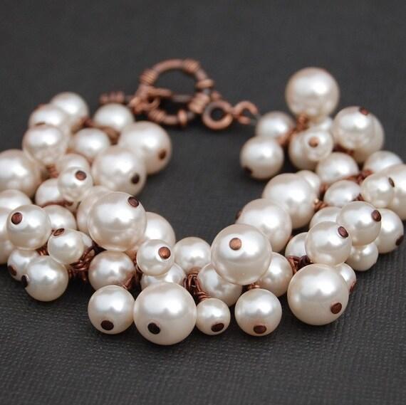Pearl Bridal Jewelry, Blush Pearl Cluster Bracelet, Bridesmaid Bracelet, Bridal Party, Custom Colors, Soft Pink Pearl Bracelet