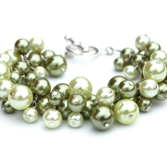 Olive and Lime Green Pearl Cluster Bracelet, Bridesmaid Jewelry, Spring Accessory, Chunky Jewelry