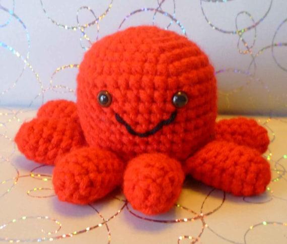 Crochet Church Purse Doll Pattern : Sergio Mini Octopus Amigurumi