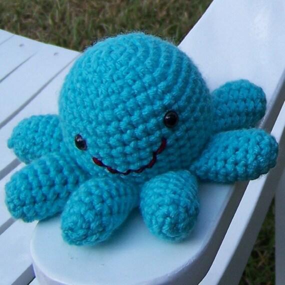 Brooklyn Mini Octopus Amigurumi