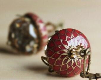 Acorn,earring,autumn,fall,swarovski crystal,brass,leaf,weddings,bridesmaid,squirrel,christmas,red,earrings