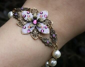 Beadwork bracelet flower lavender glass pearl spring fashion