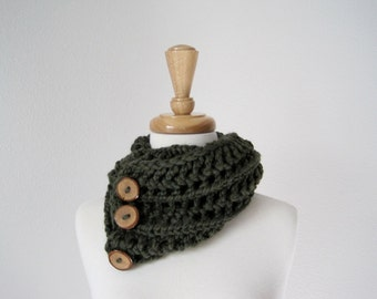 FOREST Chunky Lace Knit Cowl Scarf in Deep Green with Branch Buttons - Soft & Warm Woodland Fashion