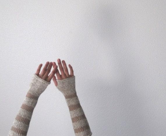Bramble Arm Warmers / Fingerless Gloves in White Merino Wool and Natural Linen - Summer Sale - CIJ