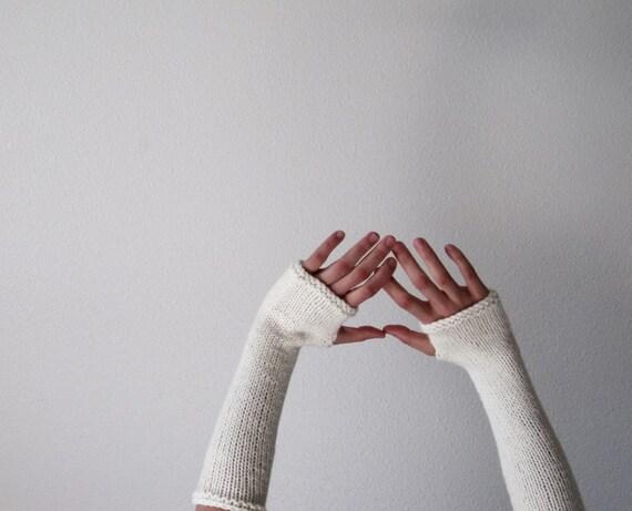 CREAM Woolen Fingerless Gloves / Arm  Warmers - Made to Order hand knit in fleece white pure wool - Women's Fall & Winter Accessories