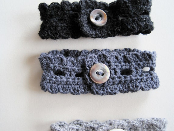 Rustic Romantic Lace Bracelet - Vintage Button and Cotton Lace Wrist Cuff in Slate Grey