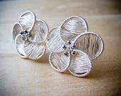 80% OFF Wire Jewelry Tutorial - Serena Flower Studs Earrings, DCHMT010