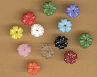 vintage flower beads czech glass embellishment beads flat back sew on glass flowers 1930s THIRTEEN colorful beads
