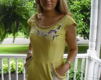 Vintage Wiggle Dress Stunning Lemon Yellow 1940s Pin Up Bomb Shell 38 Bust 29 Waist Beading & Sequins Make this special