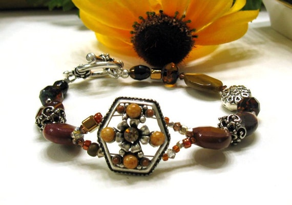 Brown, Silver and Saffron Flower Bracelet - Eye Catcher / woodland nature rustic honey gold rhubarb