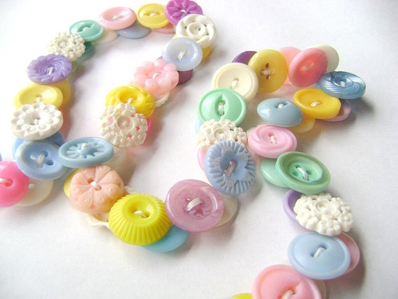 Eyeglasses Chain in Vintage Buttons - Spring Pastels