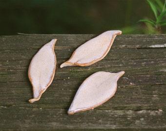 3 leaf magnets...#