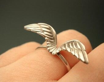 Large Wing Ring