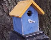 Primitive Chickadee Finch Wren Birdhouse