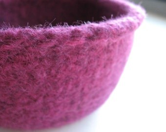 READY TO SHIP / Wool Felted Bowl - Burgundy Plum