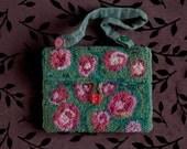 Hooked Wool Garden Rose Bag