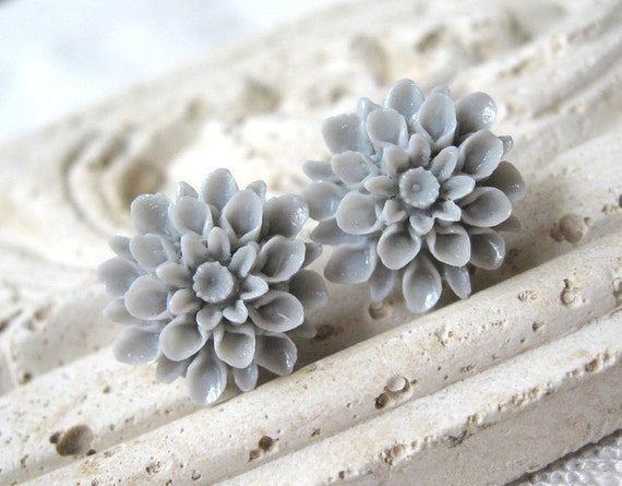 Gray Flower Earrings, Mum Stud Earrings, Light Gray Earrings, Bridesmaid Earrings