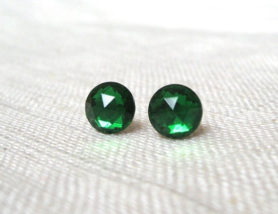 Vintage Emerald Green Earrings, Faceted Jewels, Kelly Green Stud Earrings