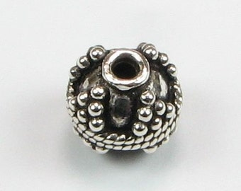 Dotted Peaks Bali Sterling Silver Round Bead (1 bead)