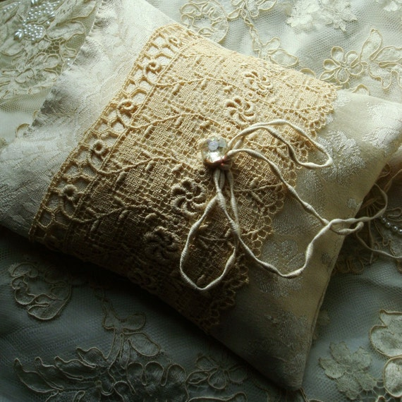 Reserved for EBStanislawski, Set of Two Coordinating Damask Wedding Ring Pillows in Ivory, Antique Silk and Lace