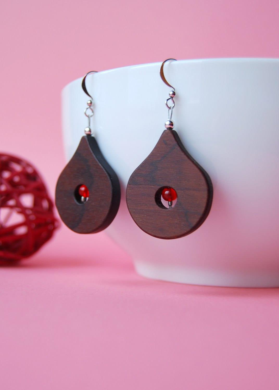 drops wooden earrings by 3dots on etsy
