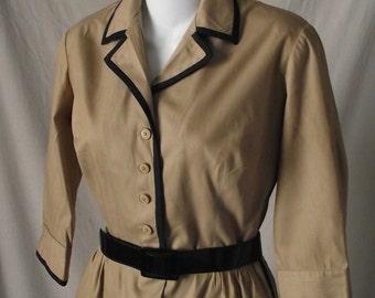 1950s Vintage Dress Khaki Shirtwaist Dress Black Patent Belt Small