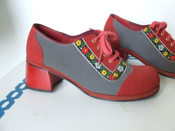 Urban Red Riding Hood Casual Shoes Heel Size 7