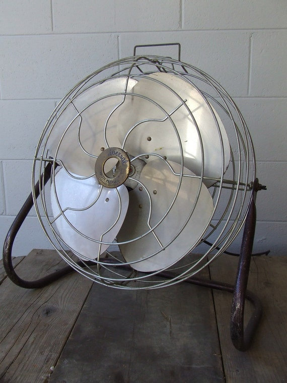 Large Industrial Fans : Large industrial floor fan