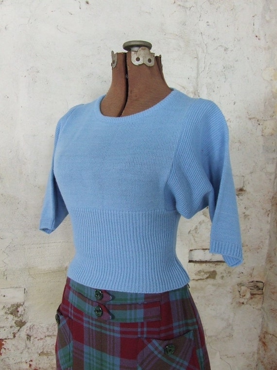 Light Blue Ribbed Cropped Sweater 1970s Small Extra Small