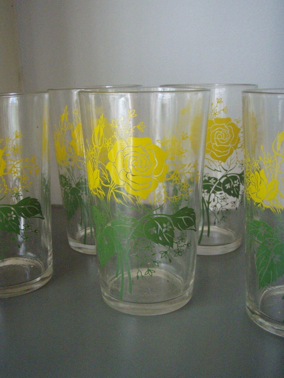 Vintage Juice Glasses 1950s Yellow Roses Set of Nine