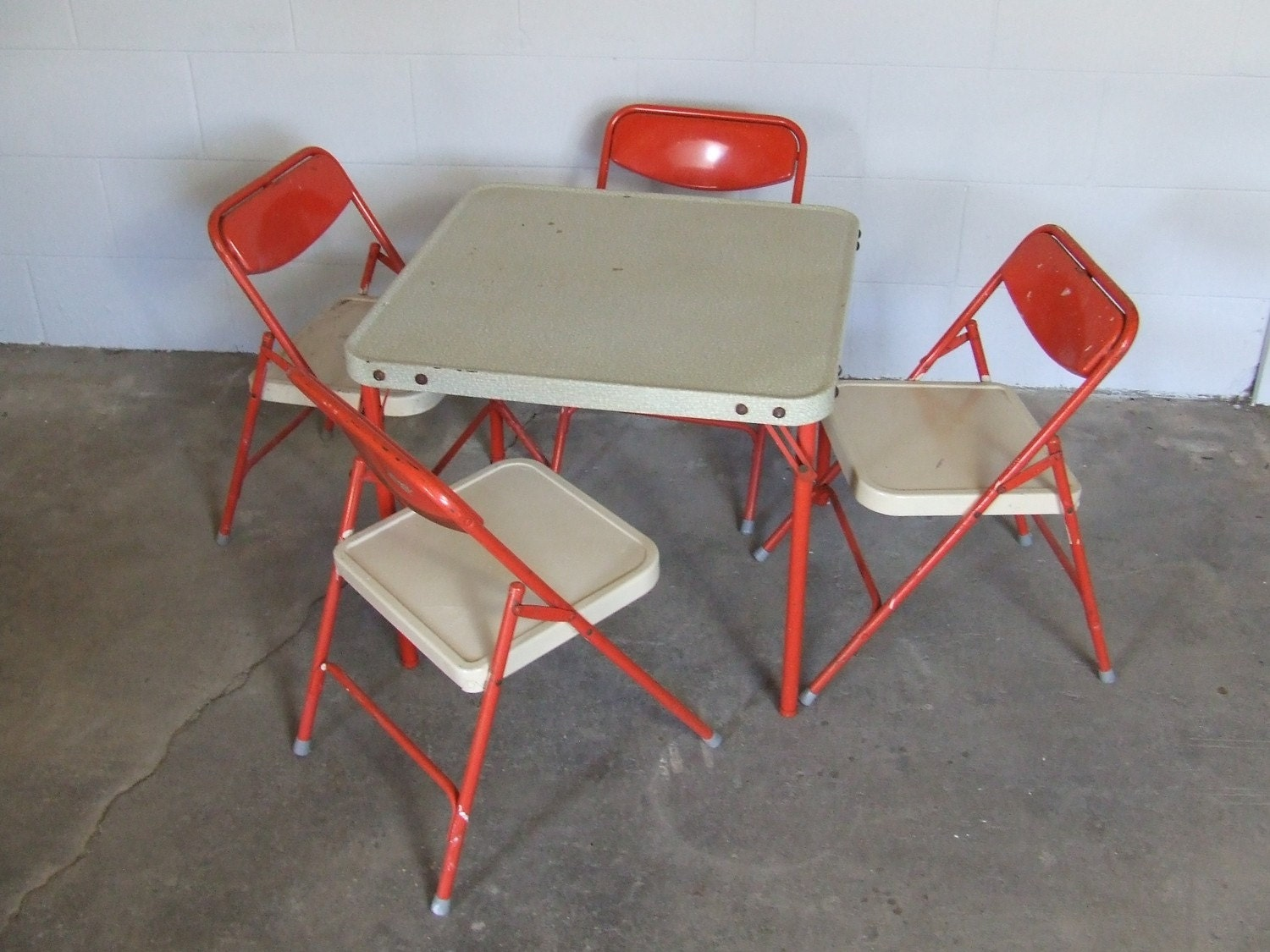 Vintage Samsonite Childrens Folding Table and Four Chairs