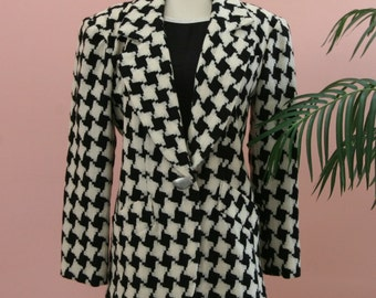 Black and White Checkered Woman's Wool Blazer with Matte Silver Buttons Size 6