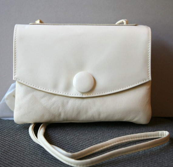 VINTAGE - Cream Leather and Patent Leather Purse