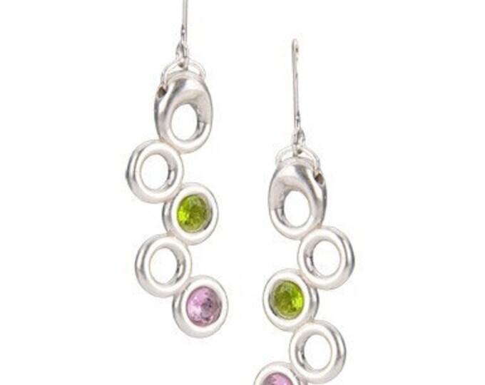 Earrings of rings