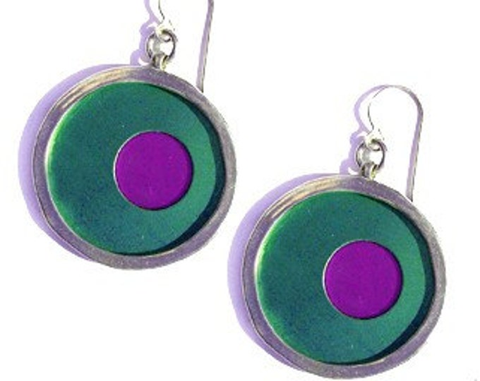 recycled aluminum/silver earrings in aqua and fuchsia