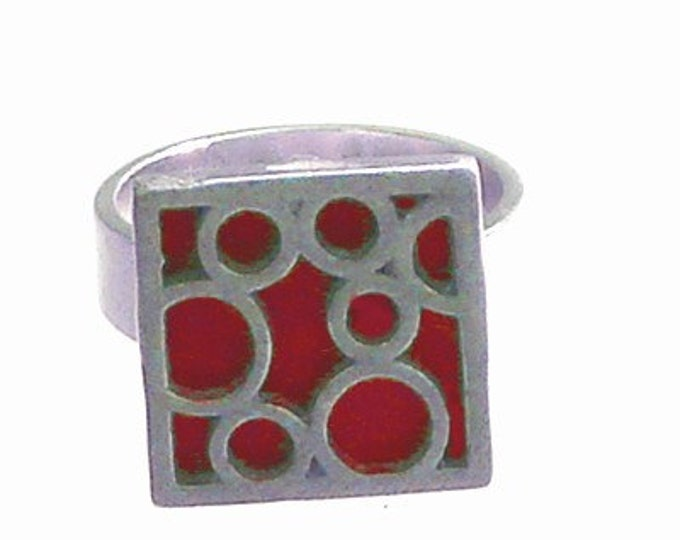 Small Square Bubble Ring in Red